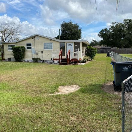 Rent this 2 bed house on 11824 Weaver Ln in Thonotosassa, FL