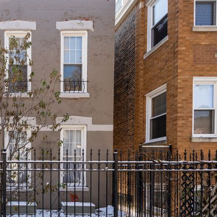 Rent this 3 bed duplex on 2229 West Huron Street in Chicago, IL 60612