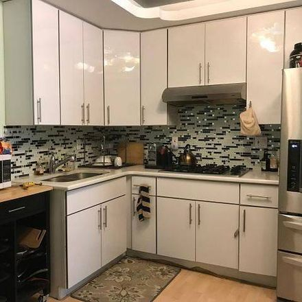 Rent this 3 bed condo on 148 Madison Street in New York, NY 10002
