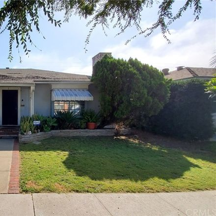 Rent this 3 bed house on 2520 Pine Avenue in Long Beach, CA 90806