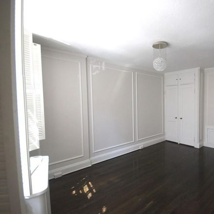 Rent this 1 bed room on 106 Myrtle Street in Boston, MA 02114-3203