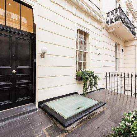 Rent this 3 bed apartment on 45 Gloucester Square in London W2 2TQ, United Kingdom