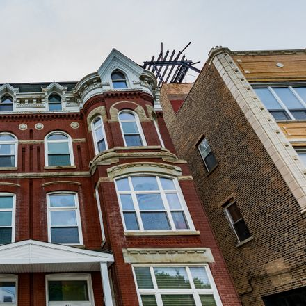 Rent this 2 bed condo on Racine Avenue in Chicago, IL 60642