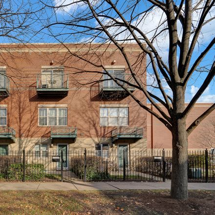 Rent this 2 bed townhouse on 1148 East 46th Street in Chicago, IL 60653