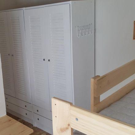 Rent this 3 bed room on Avenida de la Universidad in 33, 28913 Leganés