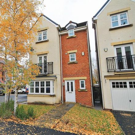 Rent this 4 bed house on 15 Cheveley Court in Carrville DH1 2DR, United Kingdom