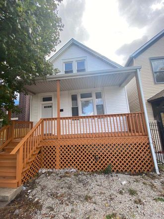 Rent this 3 bed house on 2549 West Pershing Road in Chicago, IL 60632
