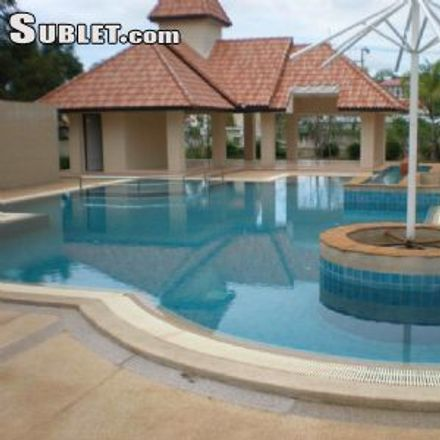Rent this 3 bed house on Jomtien Chalet in Jomtien Sai Nueng, Ban Amphoe