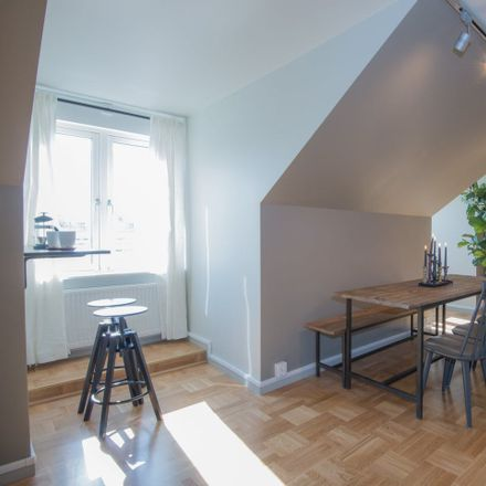 Rent this 20 bed room on Voltavägen 6 in 168 69 Bromma, Suecia