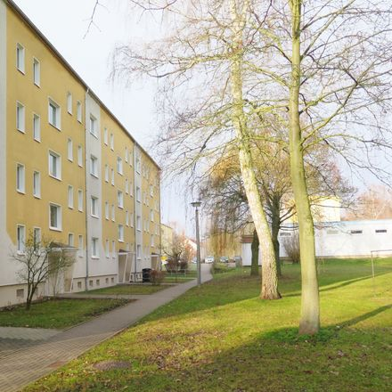 Rent this 3 bed apartment on Lindenstraße 23 in 06526 Sangerhausen, Germany