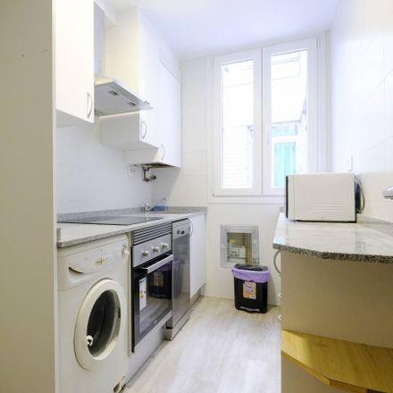 Rent this 4 bed apartment on San Matías in Calle de Illescas, 28001 Madrid