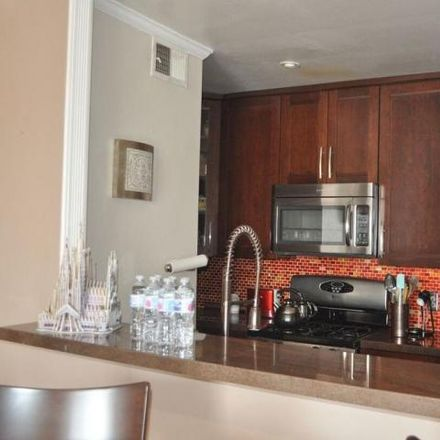 Rent this 1 bed condo on 4679 Kester Avenue in Los Angeles, CA 91403