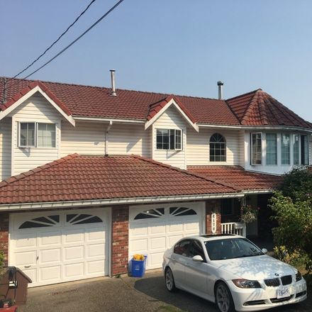 Rent this 2 bed house on White Rock in Five Corners, BC