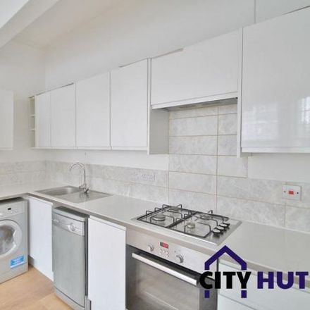 Rent this 3 bed apartment on 75 Carlingford Road in London N15, United Kingdom