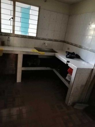Rent this 5 bed apartment on Granada