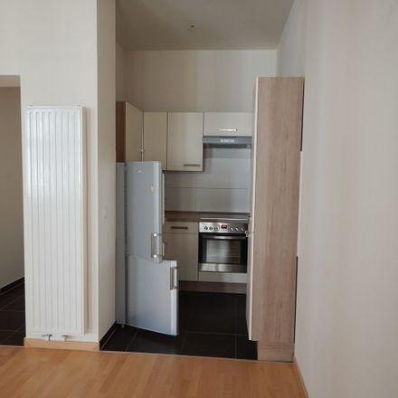 Rent this 2 bed apartment on Löbauer Straße 5 in 02826 Görlitz, Germany