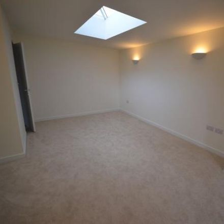Rent this 3 bed apartment on Gold Hill in Waverley GU10 3JH, United Kingdom