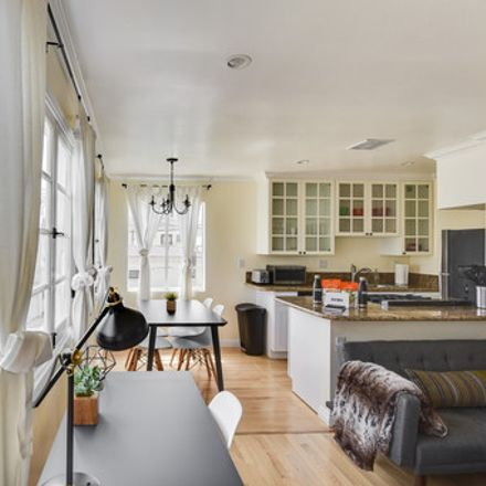 Rent this 1 bed apartment on 1265 9th Court in Santa Monica, CA 90401