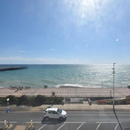 Rent this 2 bed apartment on Grand Parade in Hastings TN37 6DB, United Kingdom