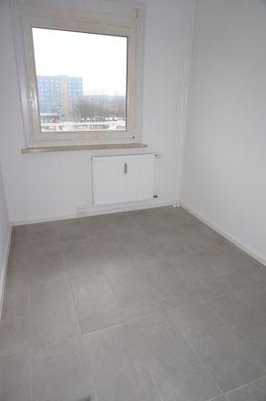Rent this 3 bed apartment on Straße Usti nad Labem 33 in 09119 Chemnitz, Germany