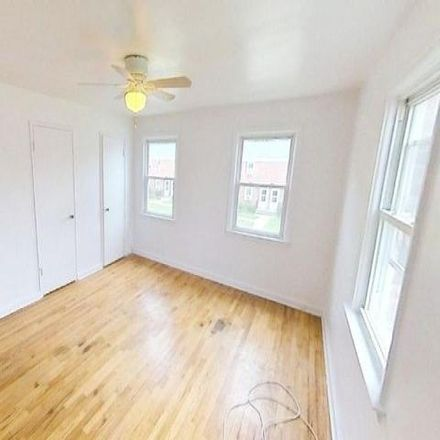 Rent this 3 bed apartment on Morristown