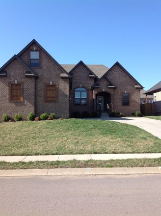 Rent this 3 bed house on 1398 Raven Road in Clarksville, TN 37042