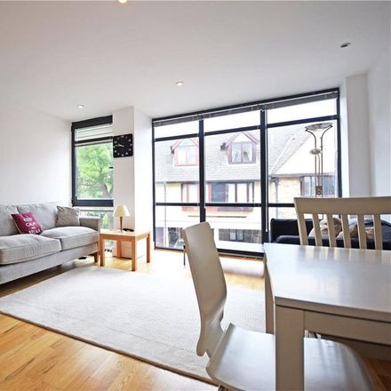 Rent this 1 bed apartment on 34 Paradise Street in Cambridge CB1 1DR, United Kingdom