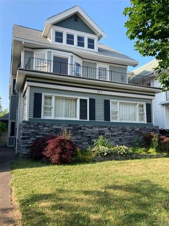 Rent this 3 bed apartment on 297 Bedford Avenue in Buffalo, NY 14216