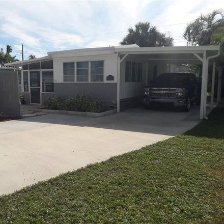 Rent this 2 bed house on 34 Sonderhen Dr in Naples, FL