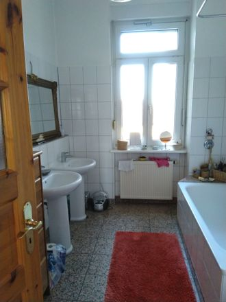 Rent this 3 bed apartment on 67227 Frankenthal