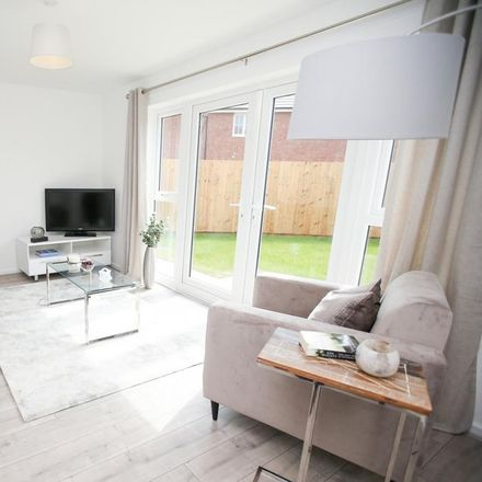 Rent this 3 bed house on Cotswold Road in Wolverhampton WV2 2HN, United Kingdom