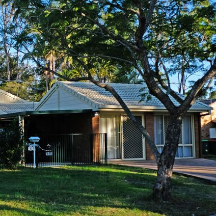 Rent this 4 bed house on 4 Pringle Place