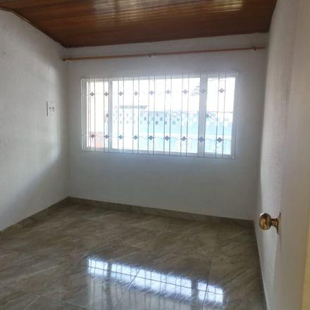 Rent this 3 bed apartment on Diagonal 86 in Localidad Engativá, 111021 Bogota
