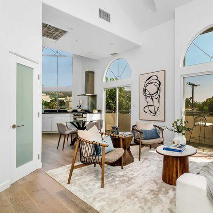 Rent this 3 bed loft on 1351 North Curson Avenue in Los Angeles, CA 90046