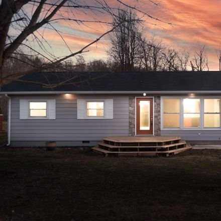 Rent this 3 bed house on 108 Canal in Port Jefferson, OH 45360
