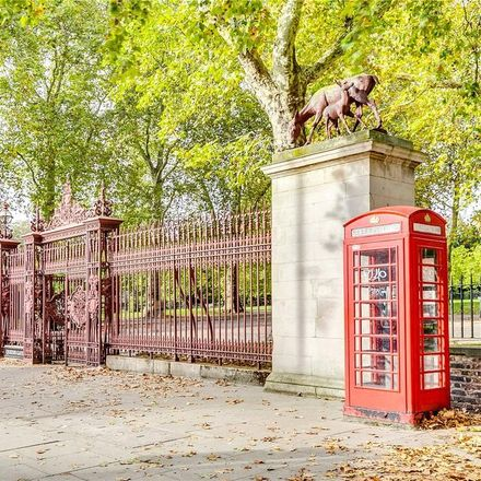 Rent this 3 bed apartment on 23 Kensington Gore in London SW7 2ET, United Kingdom