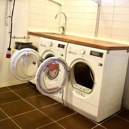 Rent this 2 bed apartment on Fredrika Bremers väg in 291 97 Gärds Köpinge, Sweden