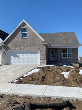 Rent this 3 bed duplex on 2812 West Wind Drive in Valparaiso, IN 46385