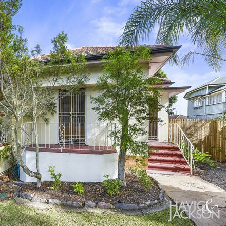 Rent this 2 bed house on 12 Toorak Road