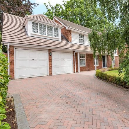 Rent this 5 bed house on Hurstwood in South Ascot SL5 9SP, United Kingdom