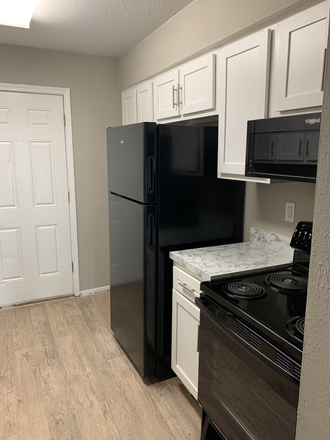 Rent this 3 bed apartment on 222 Rabbit Trail in Brazoria County, TX 77566