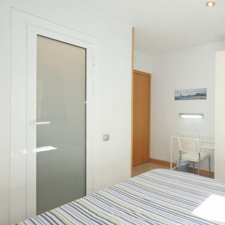 Rent this 5 bed apartment on Carrer de Villarroel in 106, 08011 Barcelona