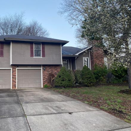 Rent this 3 bed house on S Meadowlark Ave in Springfield, MO