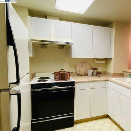 Rent this 2 bed condo on 388 9th Street in Oakland, CA 94607