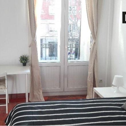 Rent this 8 bed apartment on Parquímetro in Calle de Emilio Carrere, 28001 Madrid