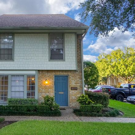 Rent this 3 bed condo on 10359 Briar Forest Drive in Houston, TX 77042