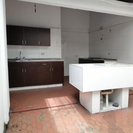 Rent this 4 bed apartment on Travelmarketing in Carrera 42A 5 C 50, Comuna 19