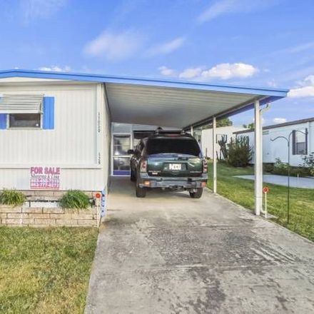Rent this 2 bed house on 11050 Parakeet Dr in Dade City, FL