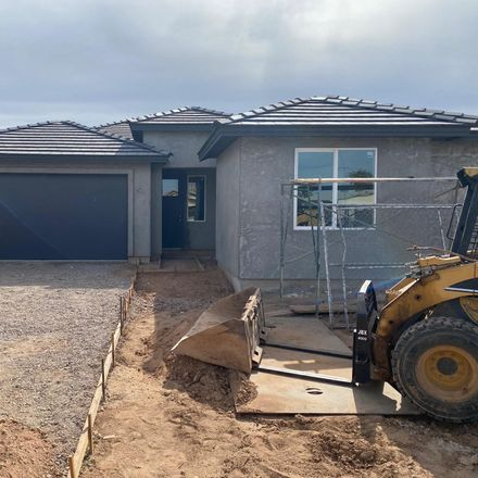 Rent this 4 bed house on 2901 East Mobile Lane in Phoenix, AZ 85040