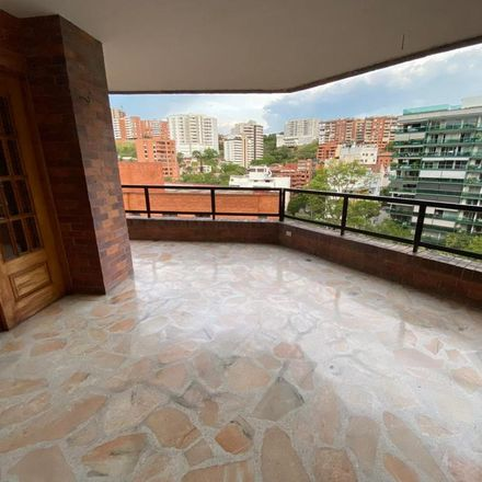 Rent this 3 bed apartment on Calle 11 Oeste in Santa Rita, 760101 Perímetro Urbano Santiago de Cali